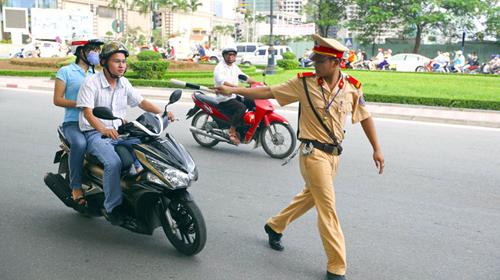 Mức phạt các lỗi vi phạm giao thông 2021 mới nhất đối với xe máy
